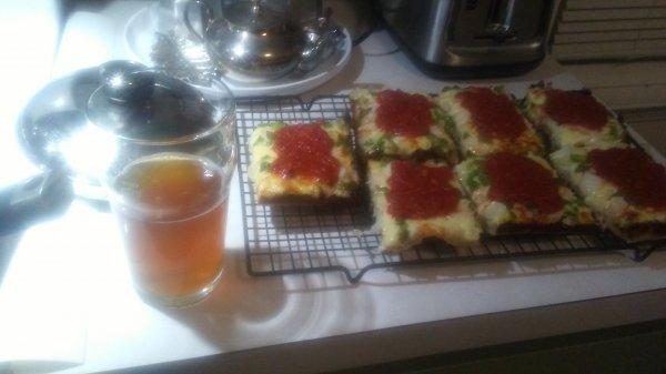 clove beer plus pizze.jpg